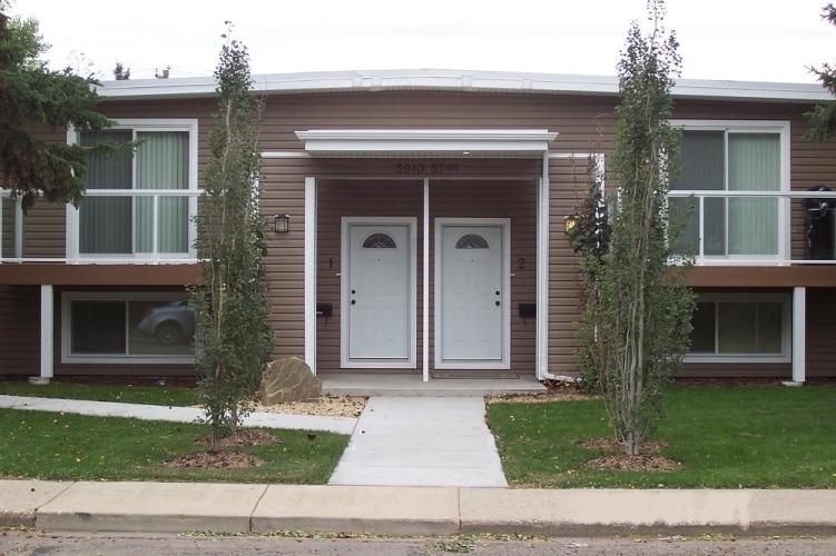 Sixplex For Rent 6 - 5910 57 Avenue, Red Deer, 2 Bedrooms, 1.5 Bathrooms