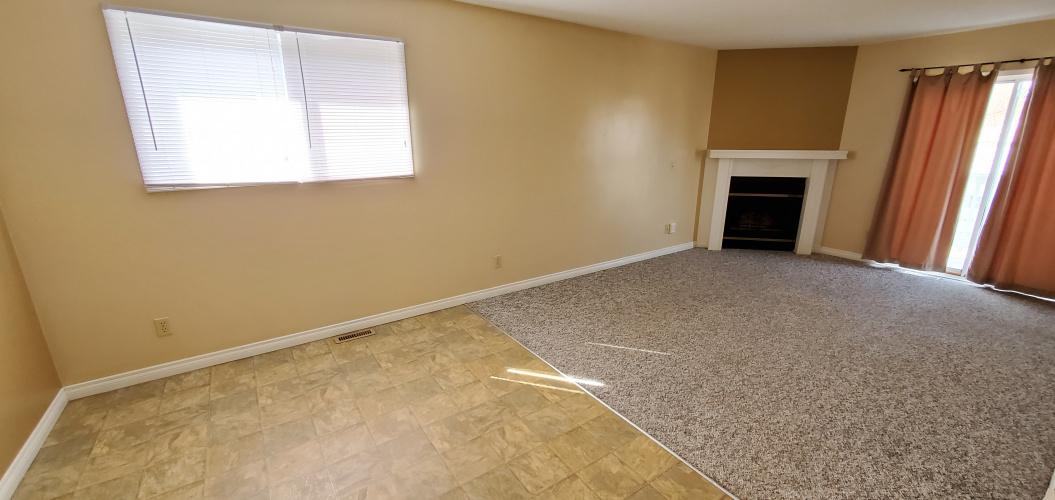 Duplex For Rent 49 Hangingstone Drive, Lacombe, 3 Bedrooms, 1 Bathroom