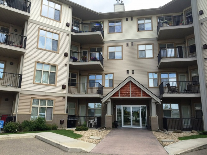 Condo For Rent 320 100 Lakeway Blvd, Sylvan Lake, 2 Bedrooms, 1 Bathroom
