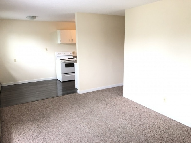 Apartment For Rent 202 - 5832 60A Street, Red Deer, 2 Bedrooms, 1 Bathroom