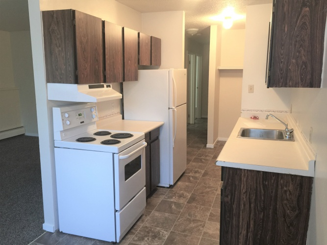 Apartment For Rent 106 - 4746 55 Street, Red Deer, 2 Bedrooms, 1 Bathroom