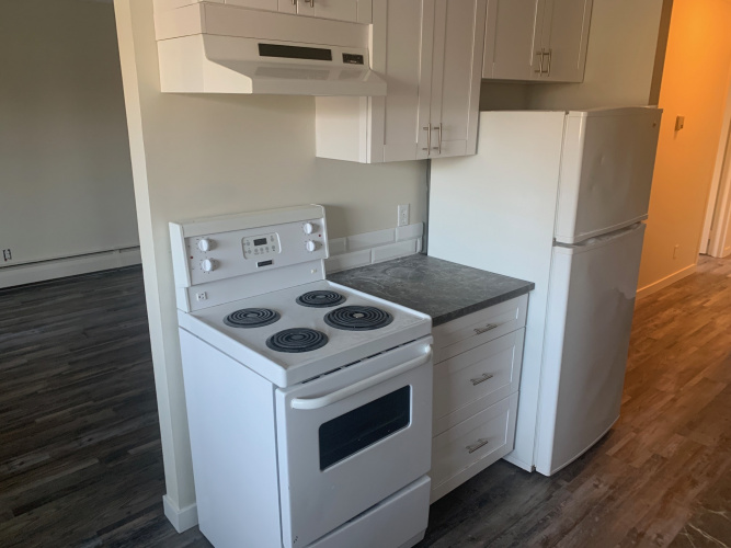 Apartment For Rent 306 - 4746 55 St, Red Deer, 2 Bedrooms, 1 Bathroom