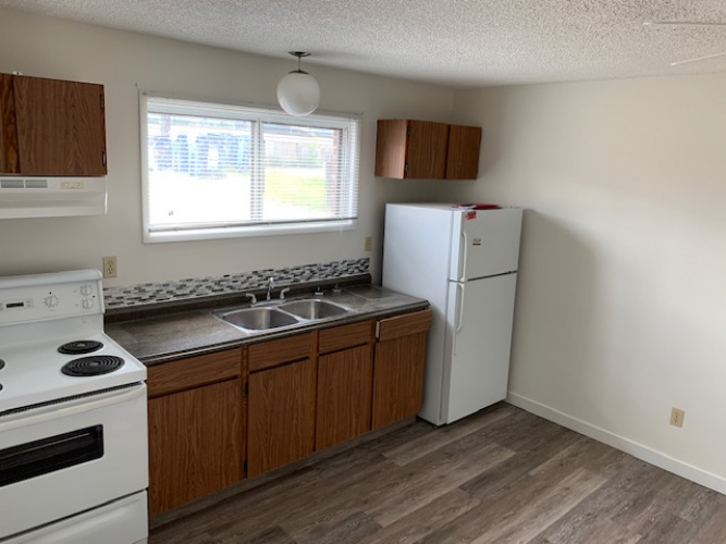 Apartment For Rent 2- 5911 51 Avenue, Red Deer, 1 Bathroom