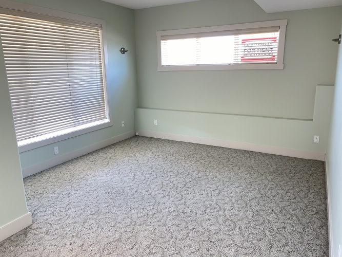 Basement Suite For Rent 102 B Inglewood Drive, Red Deer, 2 Bedrooms, 1 Bathroom