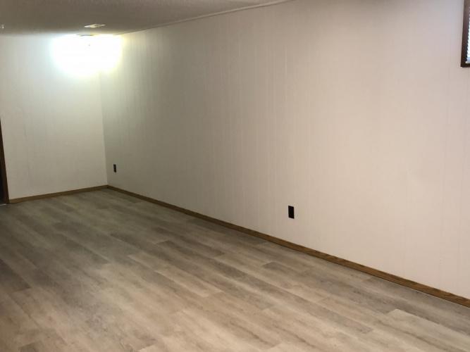 Basement Suite For Rent BSMT - 33 Freemont Close, Red Deer, 1 Bedroom, 1 Bathroom