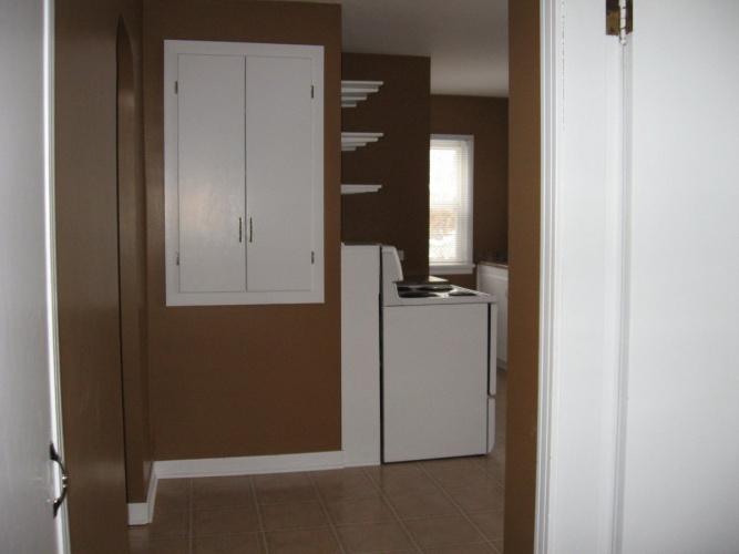Upper For Rent 3917-50A Street, Red Deer, 2 Bedrooms, 1 Bathroom