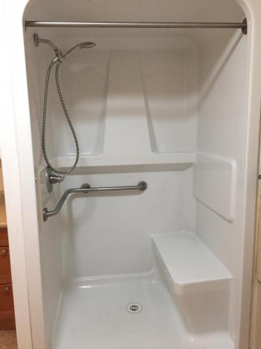 Duplex For Rent 3839 46 Street, Red Deer, 3 Bedrooms, 1 Bathroom
