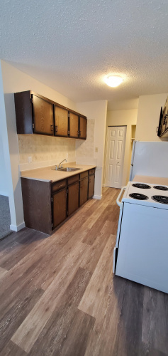 Apartment For Rent 304 - 5832 60A Street, Red Deer, 2 Bedrooms, 1 Bathroom