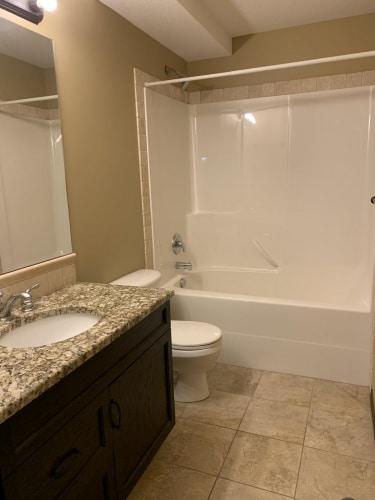 Condo For Rent 102 - 3505 51 Avenue, Red Deer, 2 Bedrooms, 2 Bathrooms