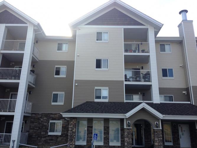 Condo For Rent 303 -3 Broadway Rise, Sylvan Lake, 2 Bedrooms, 1 Bathroom