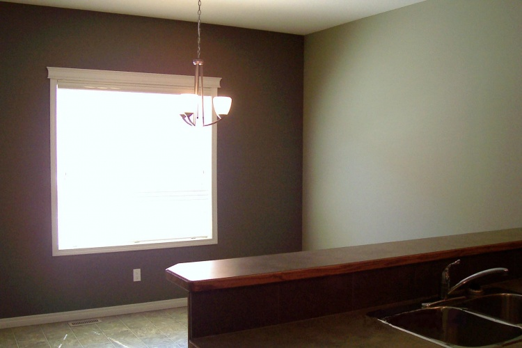 Townhouse For Rent 112 - 50 Lucky Place, Sylvan Lake, 3 Bedrooms, 1.5 Bathrooms