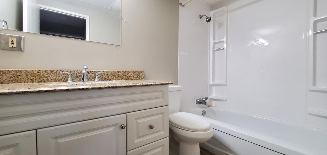 Apartment For Rent 105 - 3905-56 Avenue, Red Deer, 1 Bedroom, 1 Bathroom