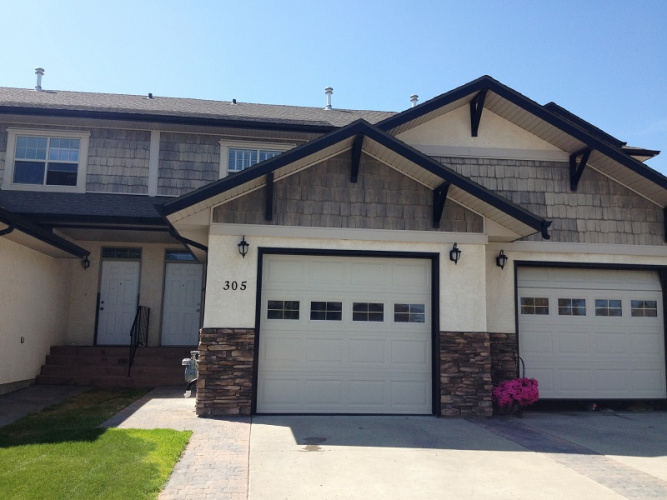 Townhouse For Rent 305 addington drive, Red Deer, 3 Bedrooms, 2.5 Bathrooms