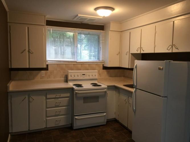 Lower For Rent B 5621 55 Street, Red Deer, 3 Bedrooms, 2 Bathrooms